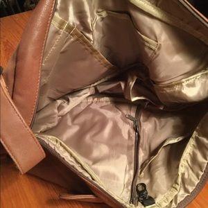 Ameribag Bags - Ameribag Leather Healthy Back Sling Bag NWOT